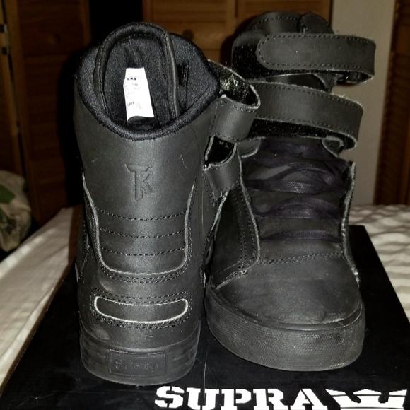 size 40 ea565 ebea8 Men's 8.5 Black, Red Bottom Supra Society Sneakers